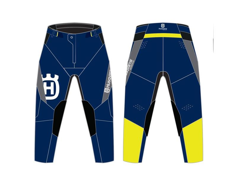 3HS220013406-Authentic Pants-image